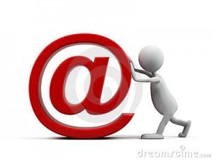 homme-de-dessin-animé-avec-le-symbole-d-email-10616064
